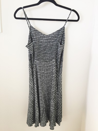 old-navy-black-and-white-dress-stylecookiejar-2