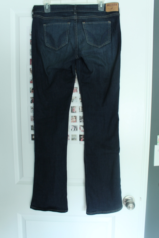 low-rise-boot-jeans-hollister-stylecookiejar-back