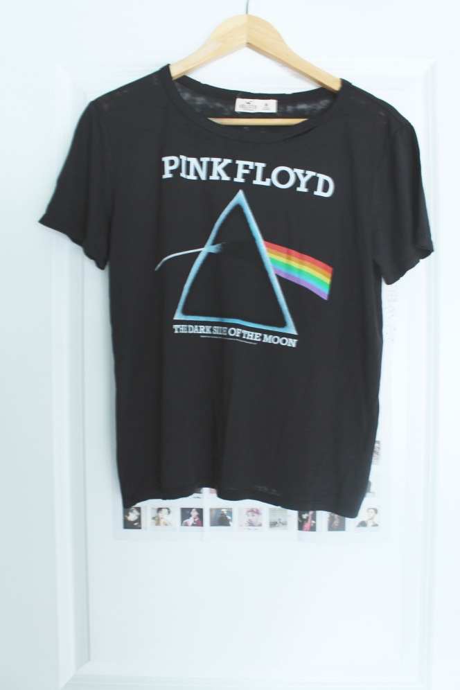 pink-floyd-tshirt-hollister-stylecookiejar-front