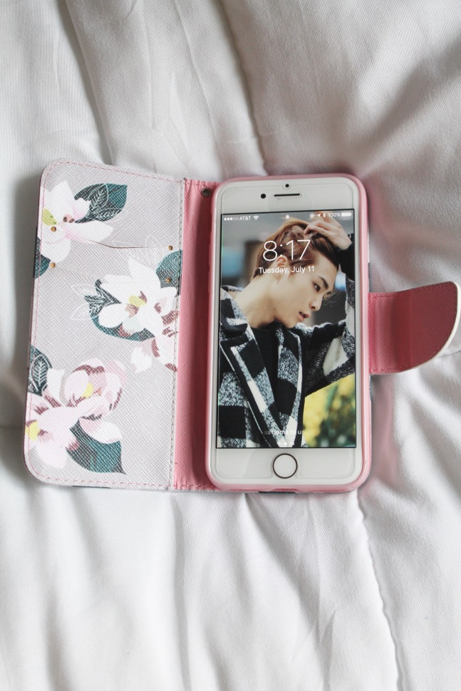 purple-flower-flip-wallet-iphone-7-case-stylecookiejar-6.JPG