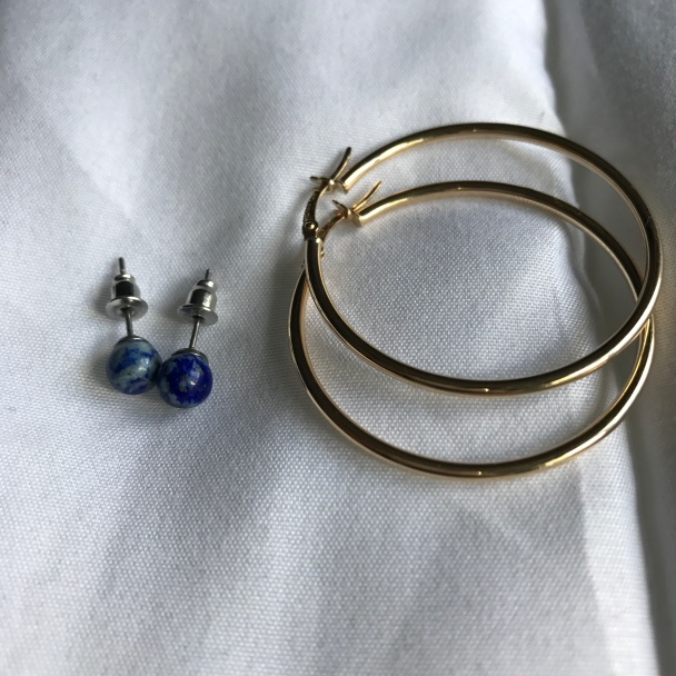 earthbound-lapis-lazuli-stud-earrings-stylecookiejar-blue-niile-gold-hoop-earrings-stylecookiejar